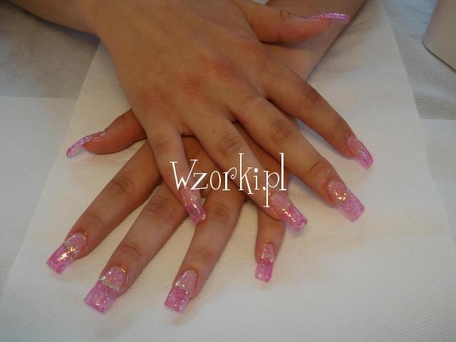 różowe pazurki