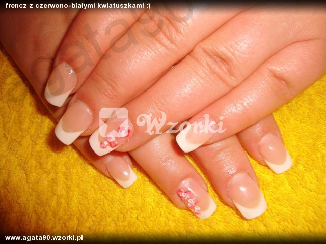 frencz z czerwono-białymi kwiatuszkami :)
