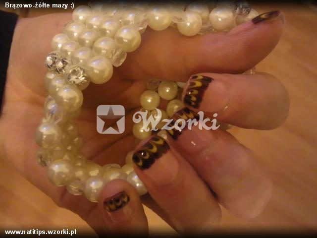 Brązowo-żółte mazy :)