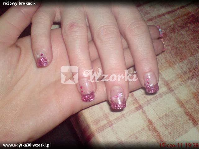 różowy brokacik