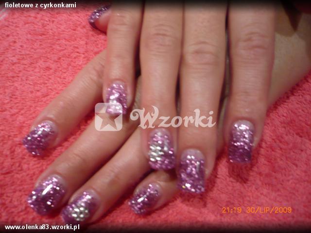 fioletowe z cyrkonkami