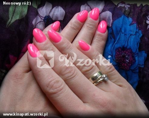 Neonowy róż:)