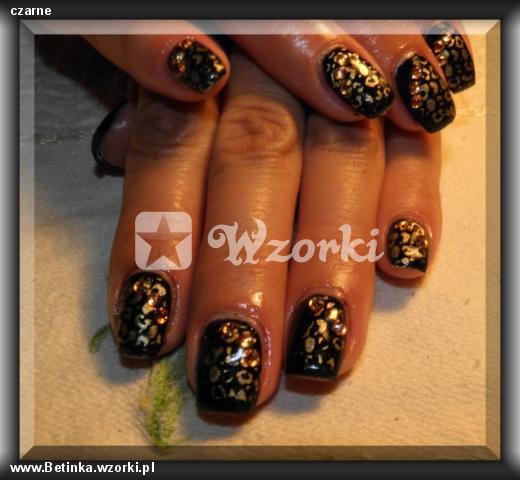 czarne