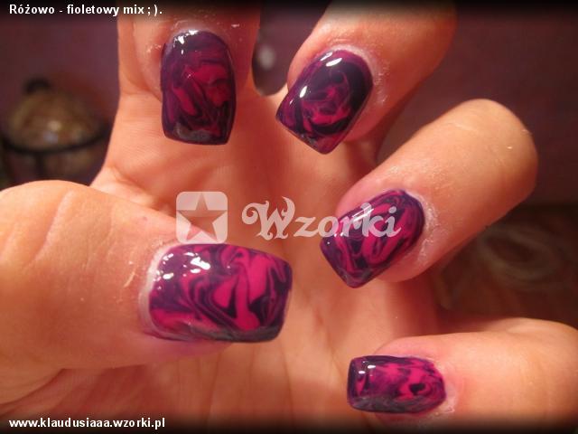 Różowo - fioletowy mix ; ).