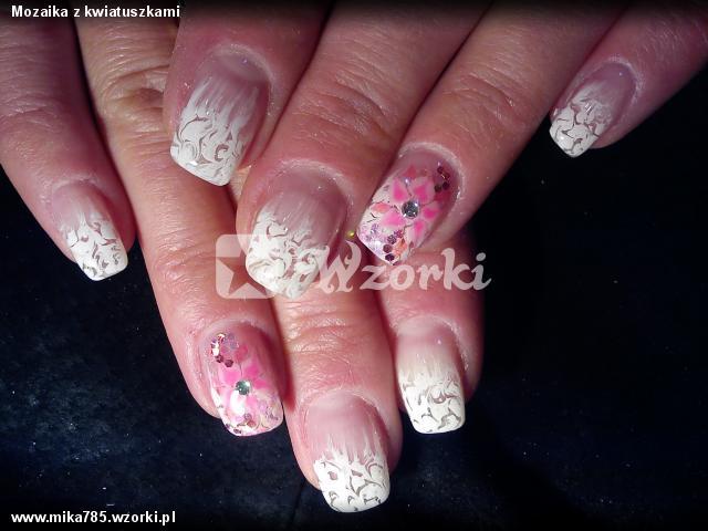 Mozaika z kwiatuszkami