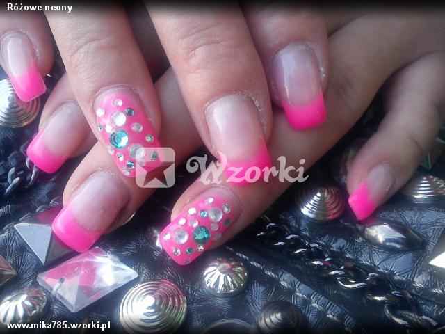 Różowe neony