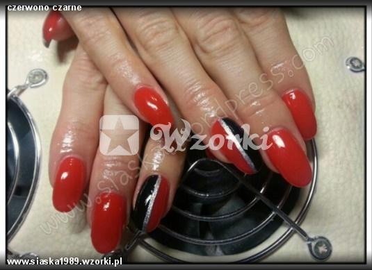 czerwono czarne