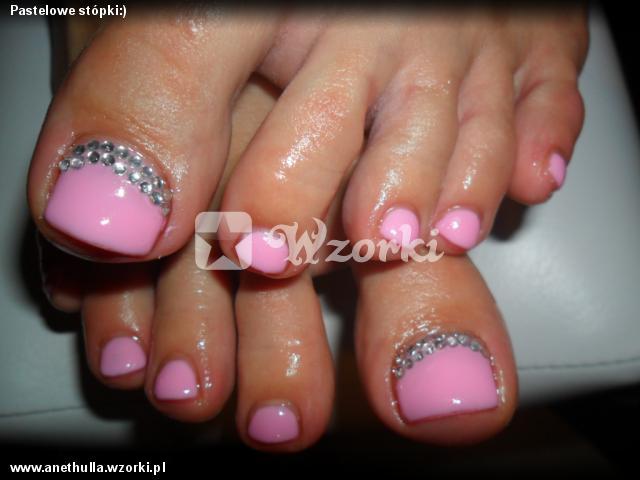 Pastelowe stópki:)