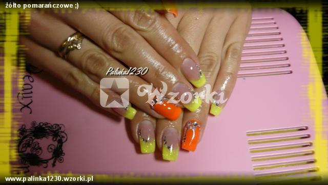 żółto pomarańczowe ;)