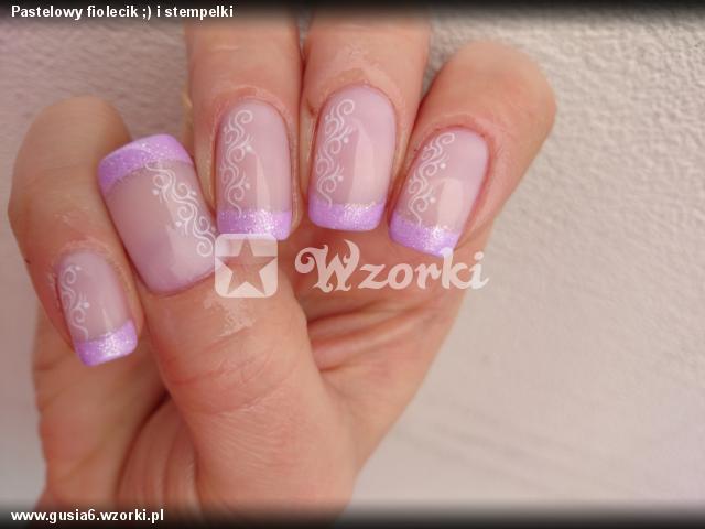 Pastelowy fiolecik ;) i stempelki