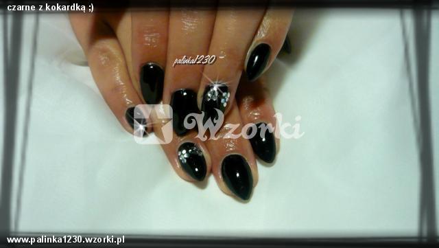 czarne z kokardką ;)