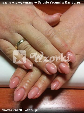 paznokcie wykonane w Salonie Yasumi w Raciborzu