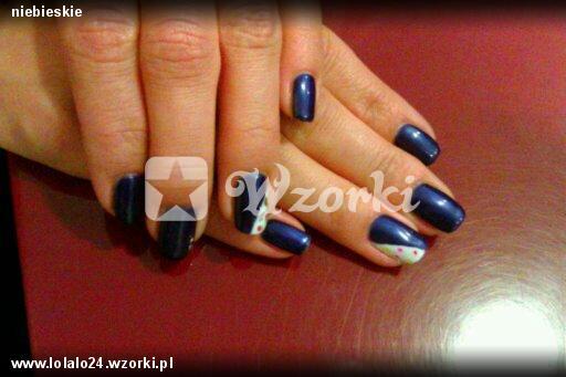 niebieskie