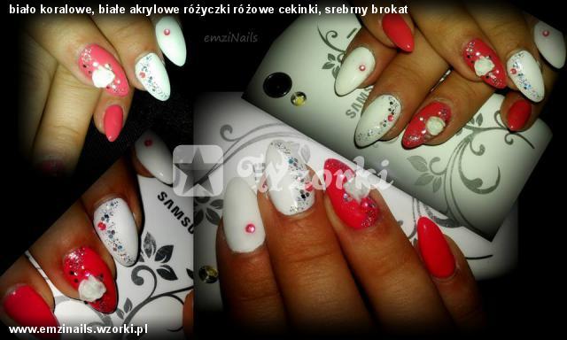 biało koralowe, białe akrylowe różyczki różowe cekinki, srebrny brokat