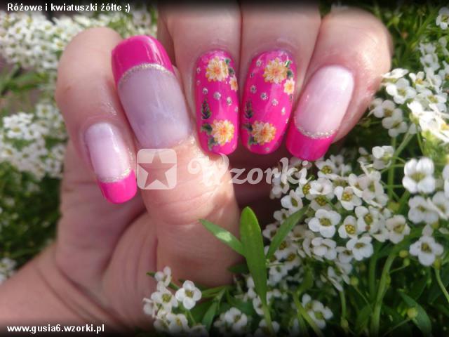 Różowe i kwiatuszki żółte ;)