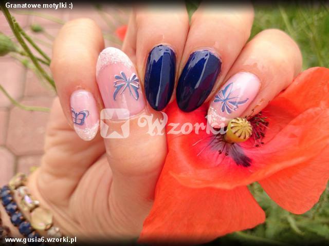 Granatowe motylki :)