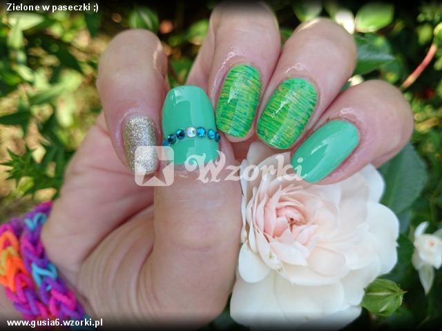 Zielone w paseczki ;)