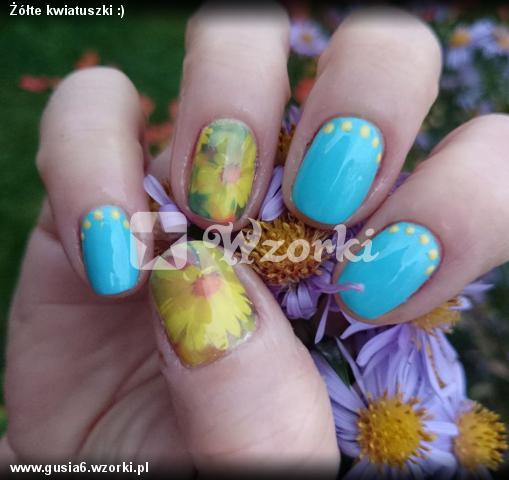 Żółte kwiatuszki :)