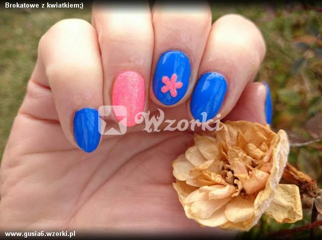 Brokatowe z kwiatkiem;)