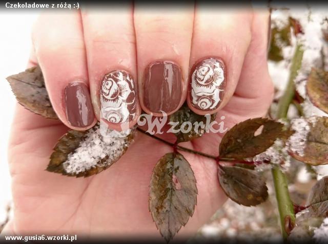 Czekoladowe z różą :-)