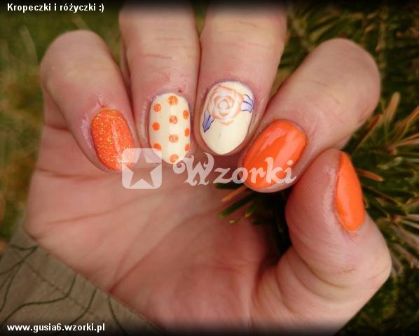 Kropeczki i różyczki :)
