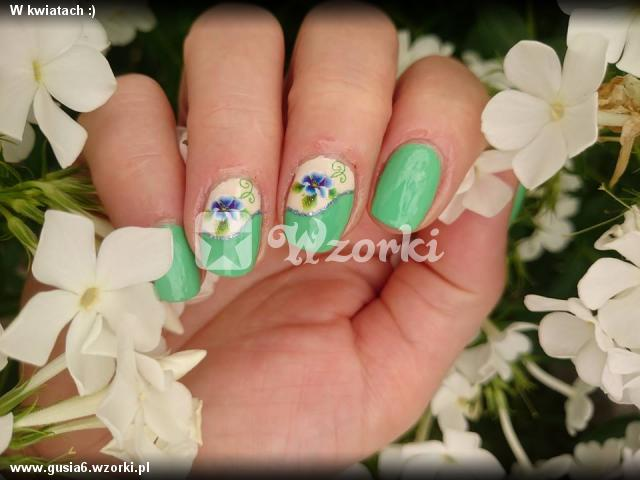 W kwiatach :)