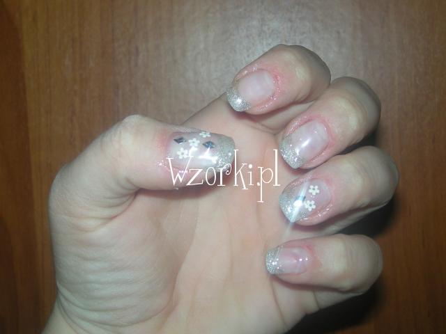 wtapianki srebrno biało brokatowe