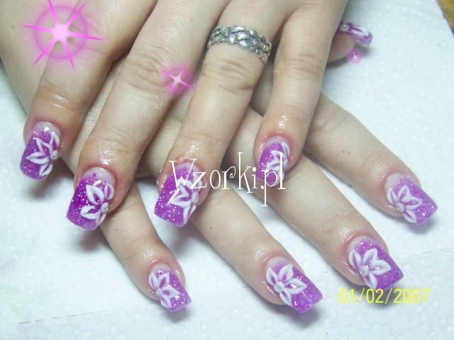 rozowe + kwiatki akryl