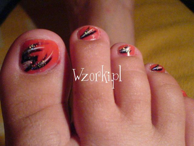 na stopach malowane!
