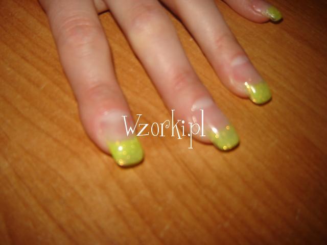 żółty brokat
