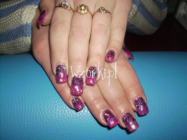 brokatowa purpura
