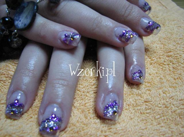 szklane fiolety