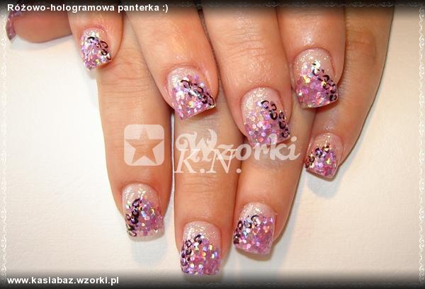 Różowo-hologramowa panterka :)