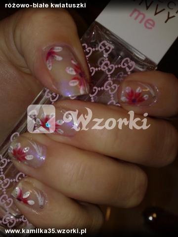 różowo-białe kwiatuszki