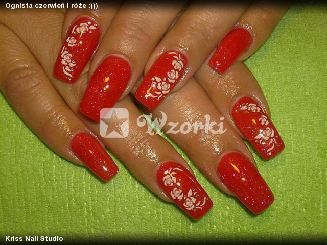 Ognista czerwień i róże :)))