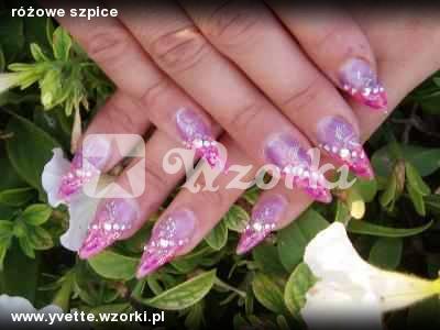 różowe szpice